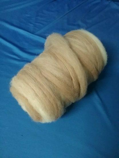100% Alpakawolle zum Handspinnen
