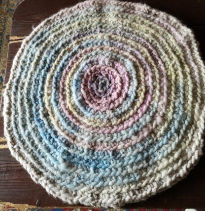 Runder Teppich aus Alpakawolle
